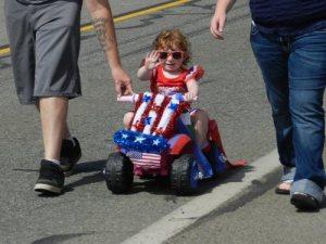 Kiddie Racer Waving to Fans