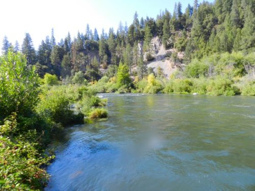 High river flow below Madesi