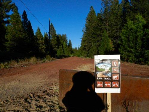 Trailhead at Pilgrim Creek Road