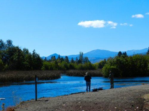 2 Fishermen on Hat Creek
