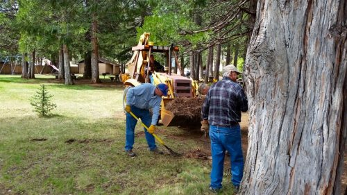 Burney Lions cleaning Burney Civic Park 3 - photo by Jim Glaser