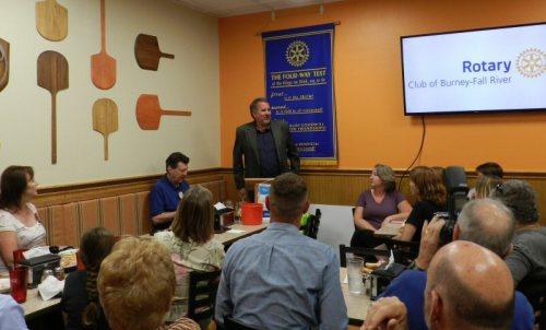 Lamalfa speaking to Rotarians in Burney