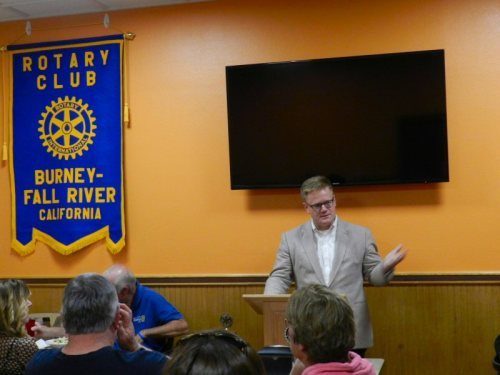 Bruce Ross addresses Rotary concerning Burney Forest Power contract
