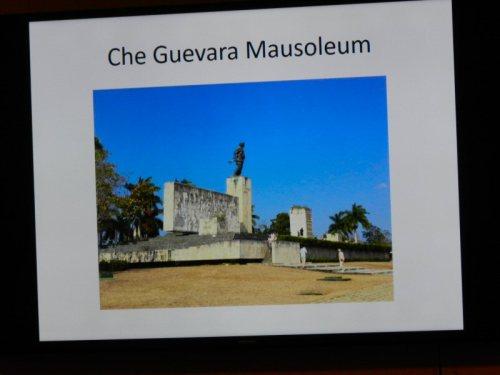 che-guevara-mausoleum