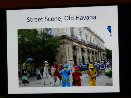 street-scene-in-old-havana-2