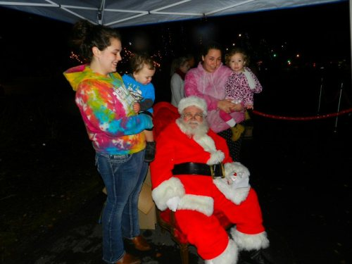 amber-and-ner-babies-with-santa