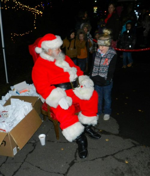 santa-talks-with-a-young-lad