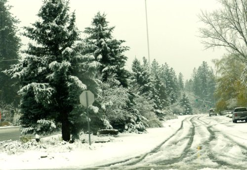 snowy-streets-of-burney