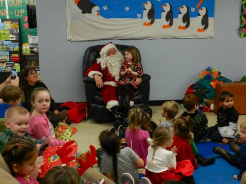 oh-what-fun-to-have-santa-come-to-visit